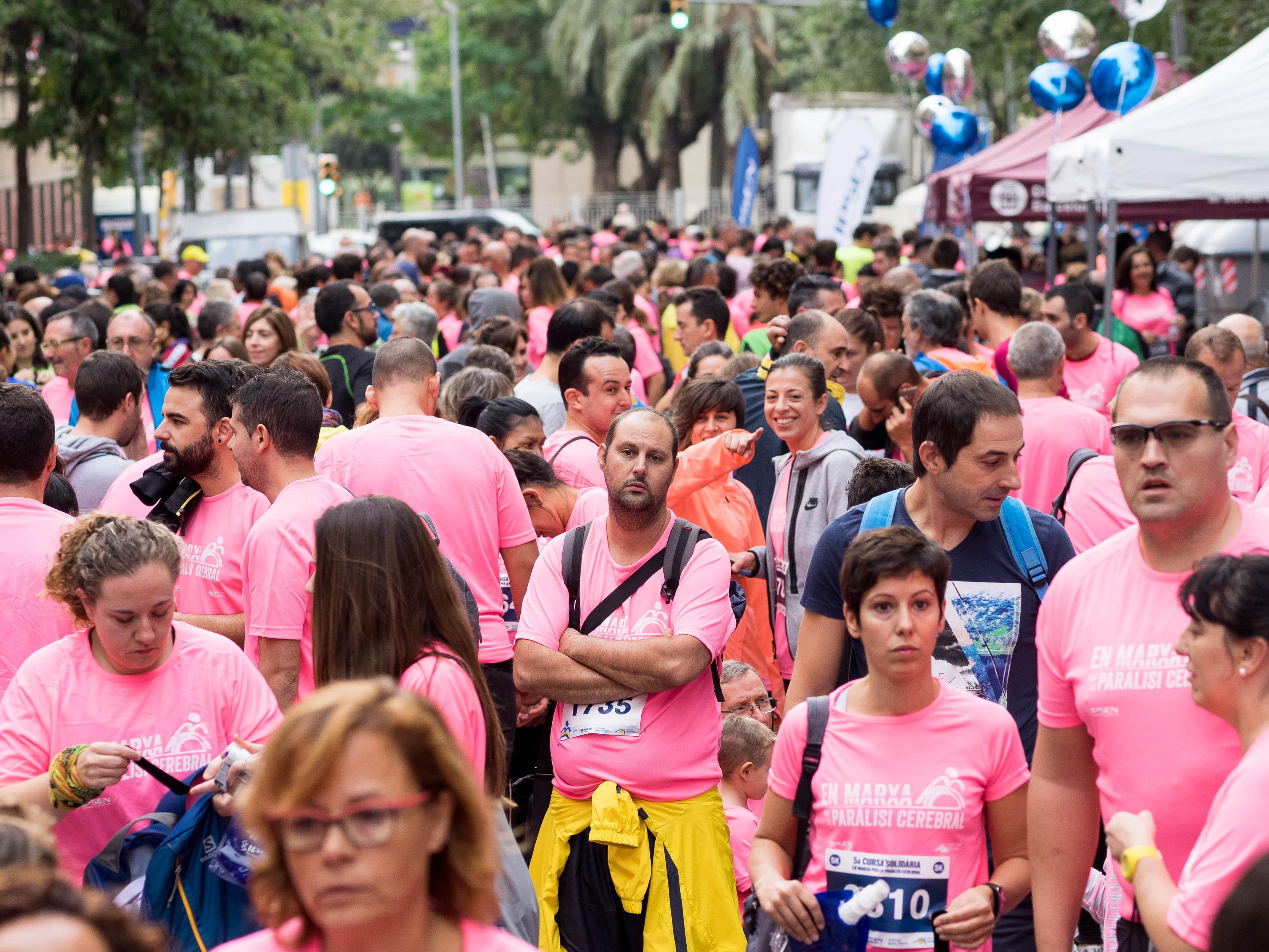 Més de dues mil persones es mouen per la paràlisi cerebral a Barcelona